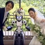Robô celebra casamento