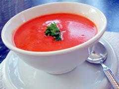 Sopa de Tomate com Ervas Finas