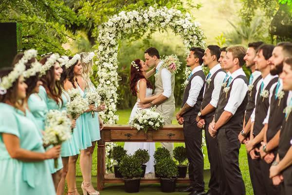 trajes dos padrinhos e madrinhas de casamento