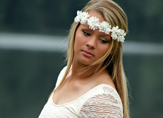 Arranjo de flores para cabelo de noiva