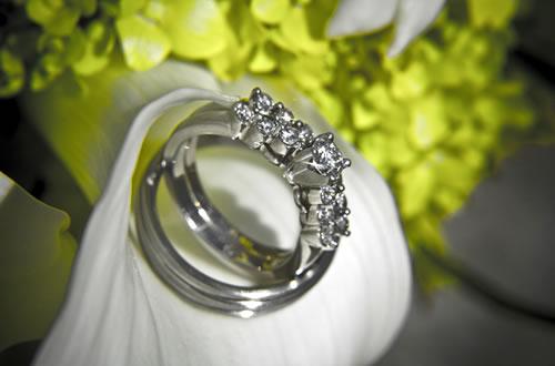 Designer e lojas de alianças e jóias