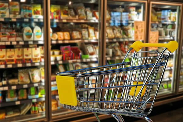 Recém-casados - Como Economizar no Supermercado