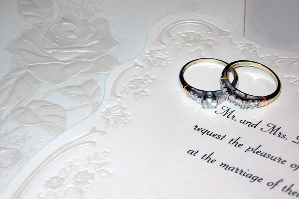 Como Sobrescrever e Subscrever o Convite de Casamento