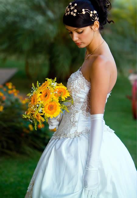 Entrada da noiva no casamento