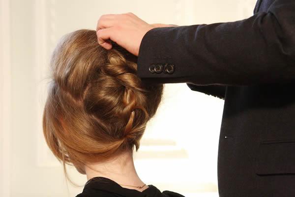 Cabelo Preso ou Solto? O Penteado para Casamento Ideal para o Seu Tipo de Rosto