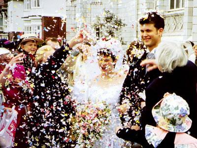 13 Ideias para a Saída dos Noivos da Cerimônia