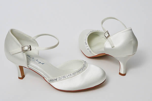 Sapatos de casamento para noivas altas