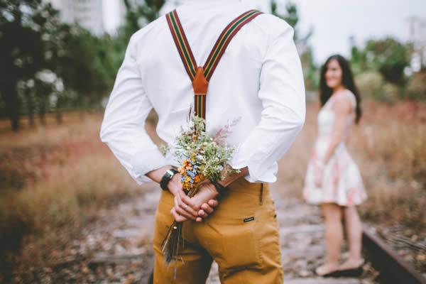 Suspensórios no casamento
