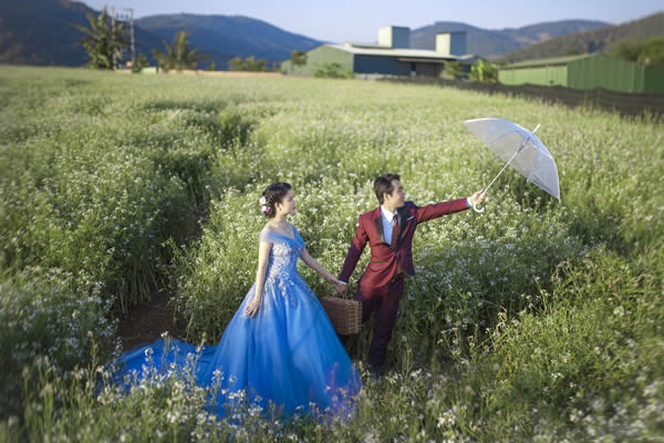 Vestido colorido para casamento
